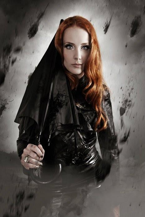 Simone Simons (Epica 2012)