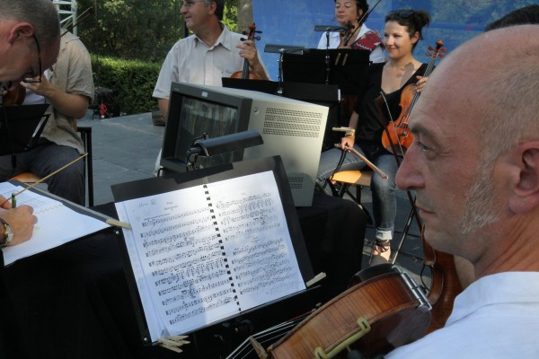 L'orchestre de Chambre de Toulouse le 3 Mai 2012 à la Fête de l'Humanité avec La Grosse Radio