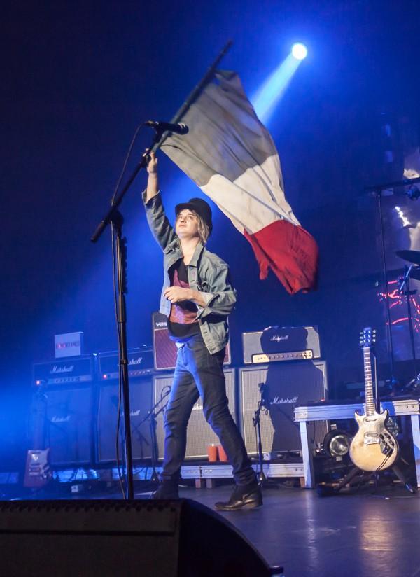 drapeau français, pete doherty, marseillaise