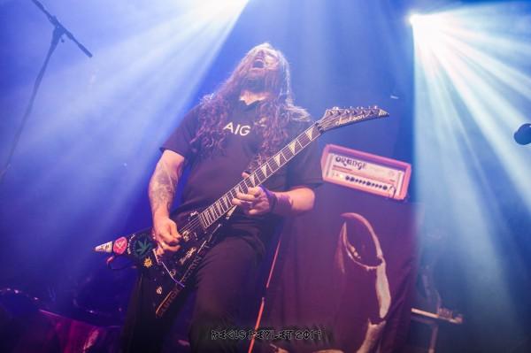 Andréas Kisser, Sepultura, Thrash metal, Bataclan, Machine Messiah, guitar