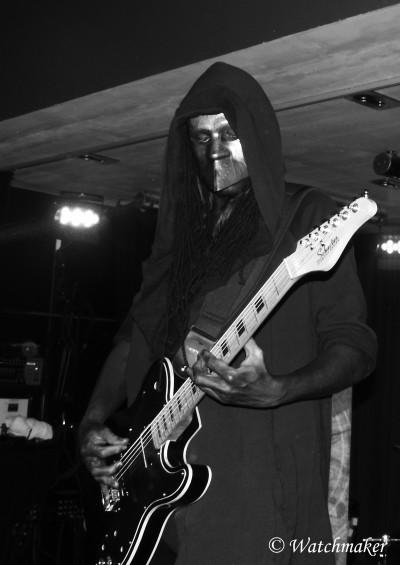 Blackcore, in arkadia, metal, black,
