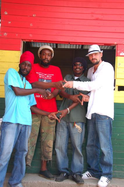 Sizzla booking officiel