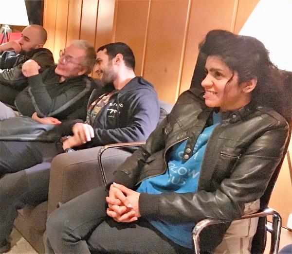 Soom T - Farshad Emam pendant la session d'écoute de Born Again