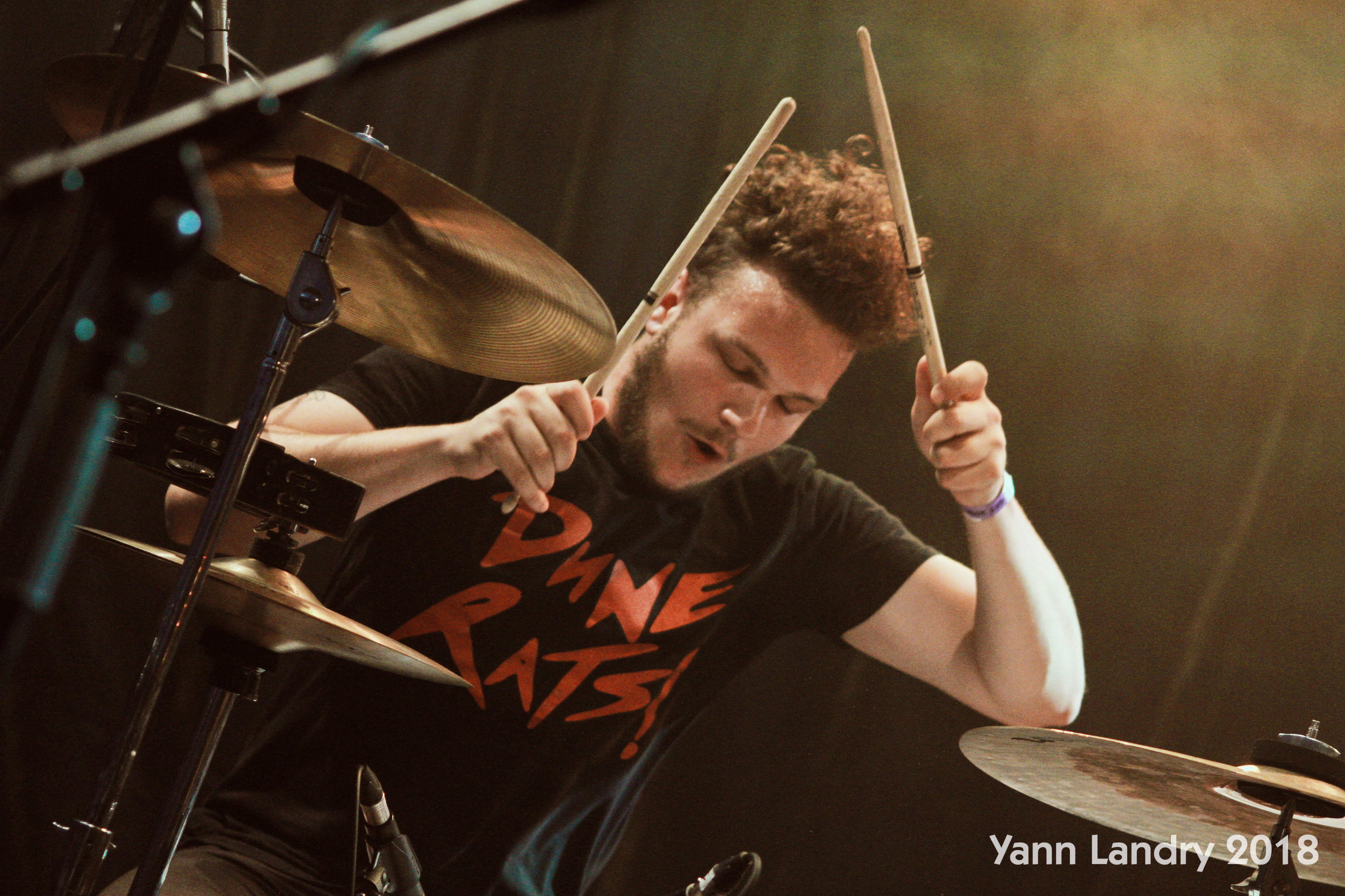 #violence, #pasviolence, Faut pas chanter Corentin, Liam Gallagher, Yann Landry, Meg White
