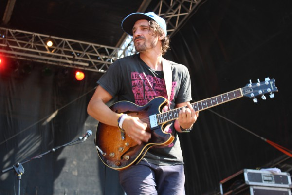 Guitariste de  Alam au Reggae Sun Ska