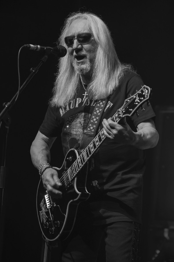 Uriah Heep, Mick Box, patriarche, lunettes, l'ancien temps