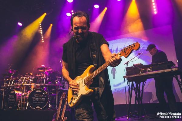 Neal Morse, guitare, Alhambra
