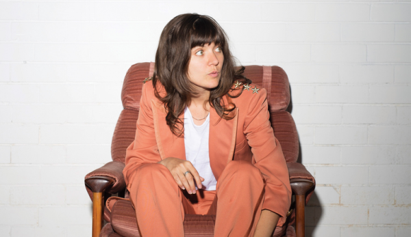 courtney barnett, single, 2019, everyobdy here hates you, tinals, cabaret vert
