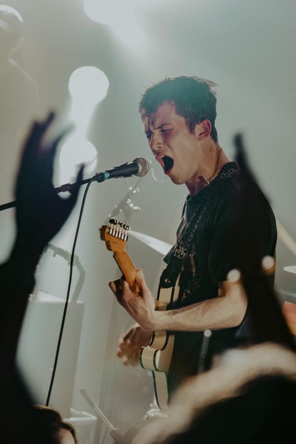 wallows, dylan minnette, rock, concert, paris