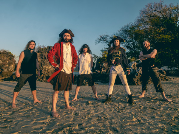 alestorm, curse of the crystal coconut, pirate metal, christopher bowes, ecosse