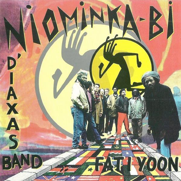 Niominka'Bi & N'Diaxas Band - Fati Yoon