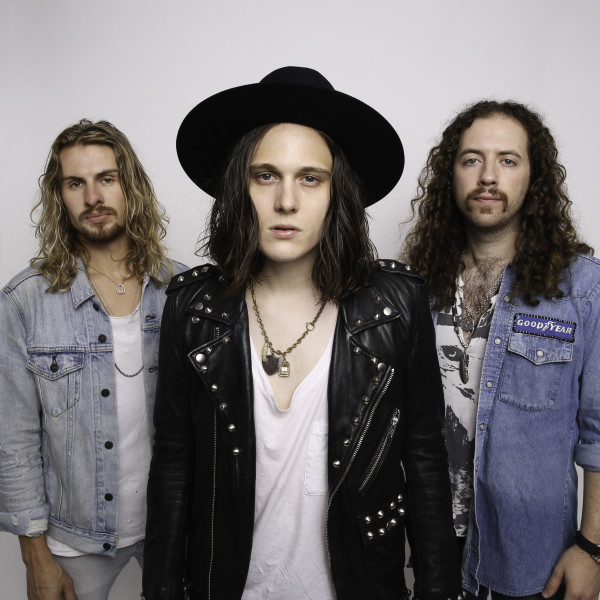 tyler bryant and the shakedown, pressure, rock, blues, hard rock