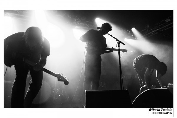 Concert, chaises, rough wave, rock, paris, 2021